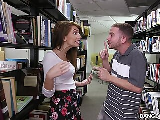Hanker a hot teen incomprehensible (Joseline Kelly) in the Library