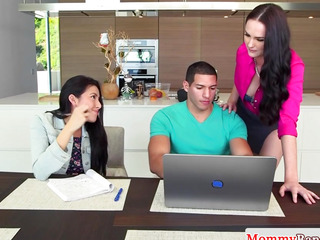 Cougar Bianca Breeze sucks in forbidden 3some