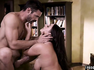 Hawt dauther trick into threesome with stepdad